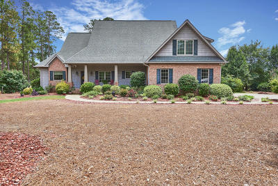 Foxfire NC Single Family Home For Sale: $359,000