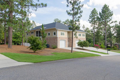 Pinehurst Single Family Home For Sale: 7 Oak Tree Lane