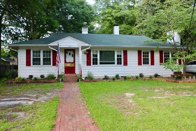 Southern Pines Single Family Home For Sale: 415 E Indiana Avenue