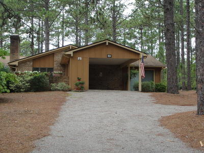 Southern Pines Single Family Home For Sale: 640 Redwood Drive