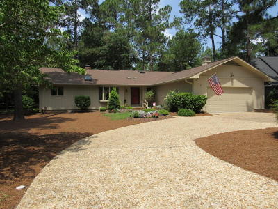 Pinehurst Single Family Home For Sale: 250 Oakmont Circle