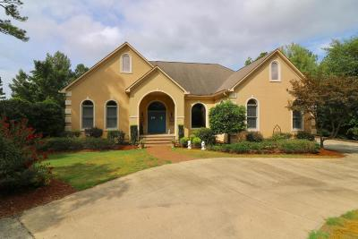 Single Family Home For Sale: 3098 Fairway Woods Road