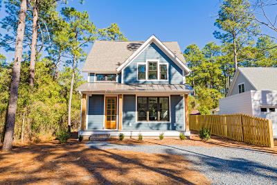 Southern Pines Single Family Home For Sale: 165 E New Jersey Avenue