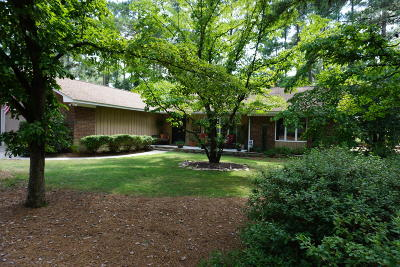 Pinehurst Single Family Home For Sale: 180 Westchester Circle
