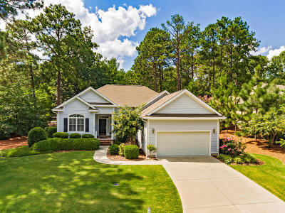 Southern Pines Single Family Home For Sale: 101 Belmont Court