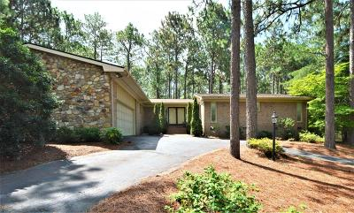 Southern Pines Single Family Home For Sale: 375 Stoneyfield Drive