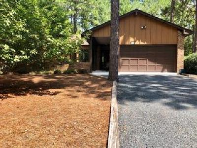 Southern Pines Condo/Townhouse For Sale: 731 Burlwood Drive
