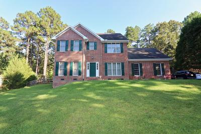 Southern Pines Single Family Home Active/Contingent: 318 Stornoway Drive