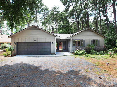 Moore County Single Family Home For Sale: 169 Firetree Lane