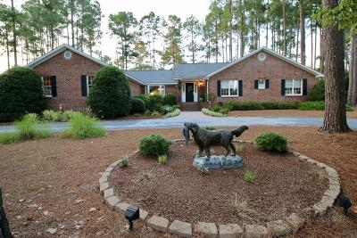 Foxfire NC Single Family Home Active/Contingent: $310,000