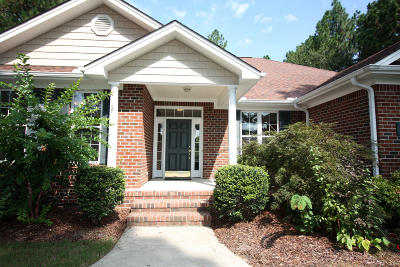 Seven Lakes, West End Single Family Home For Sale: 415 Longleaf Dr