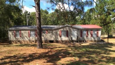 Manufactured Home For Sale: 111 Clover Lane