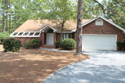 Pinehurst Single Family Home For Sale: 80 Oakmont Circle