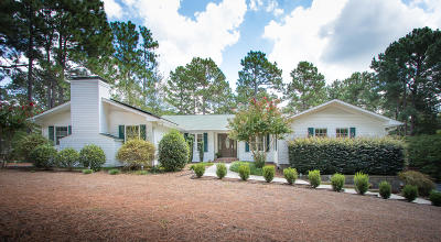 Pinehurst Single Family Home For Sale: 10 Firestone Lane