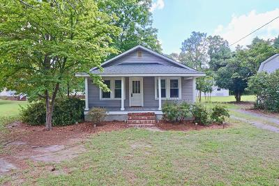 Southern Pines Single Family Home For Sale: 1435 N Ridge Street