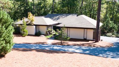 Moore County Single Family Home Active/Contingent: 45 Woodenbridge Lane