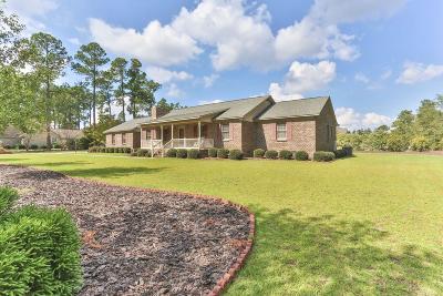 Single Family Home For Sale: 127 Pine Ledge