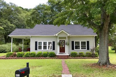 Single Family Home For Sale: 602 E Washington Street Ext.