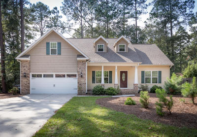 Pinehurst Single Family Home For Sale: 35 Oakmont Circle