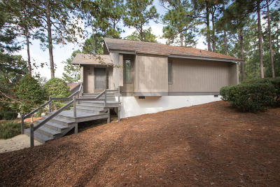 Pinehurst NC Single Family Home For Sale: $160,000