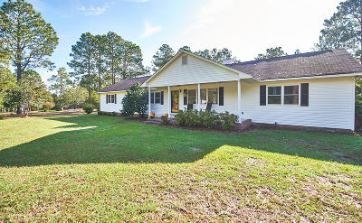 Southern Pines Single Family Home Active/Contingent: 2305 E Indiana Avenue