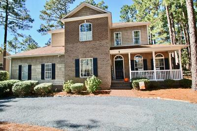 Pinehurst Single Family Home For Sale: 5 N Catalpa Lane