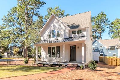 Southern Pines Single Family Home For Sale: 175 E New Jersey Avenue