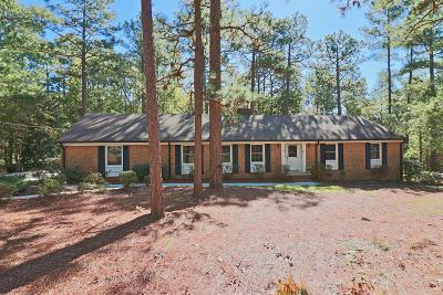 Southern Pines Single Family Home For Sale: 165 S Bethesda Road