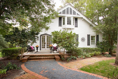 Old Town Single Family Home For Sale: 15 E McCaskill Road