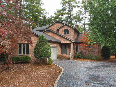 Pinehurst NC Single Family Home Active/Contingent: $385,000