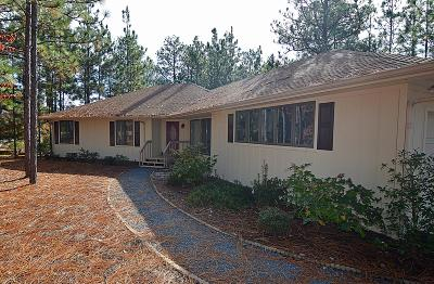 Pinehurst NC Single Family Home For Sale: $211,000