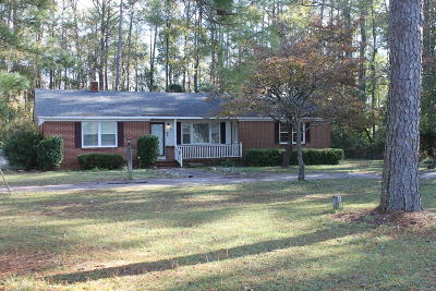 Single Family Home Active/Contingent: 17041 Springs Mill Road