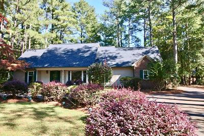 Pinehurst Single Family Home For Sale: 330 Lake Forest Drive