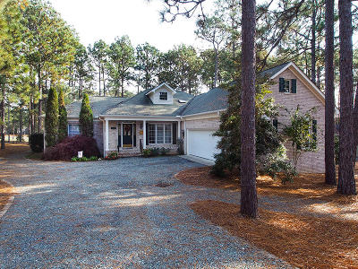 7 Lakes West Single Family Home Active/Contingent: 109 Forest Square Lane