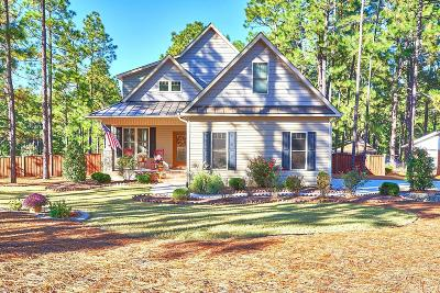 Southern Pines Single Family Home For Sale: 175 Skyline Manor Road