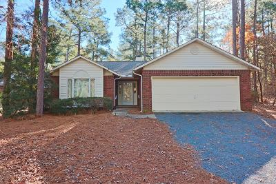 Pinehurst Single Family Home For Sale: 240 Pinyon Circle