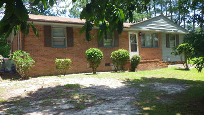 Fayetteville Single Family Home For Sale: 465 Lansdowne Road