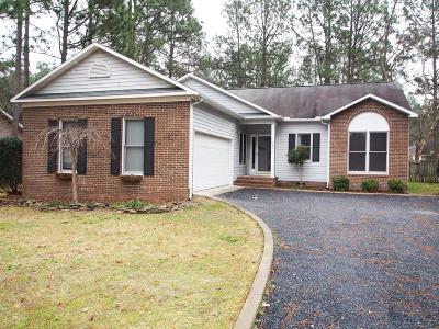 Moore County Rental For Rent: 140 Fox Run Road