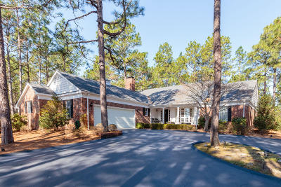 Pinehurst Single Family Home For Sale: 5 Seminole Place