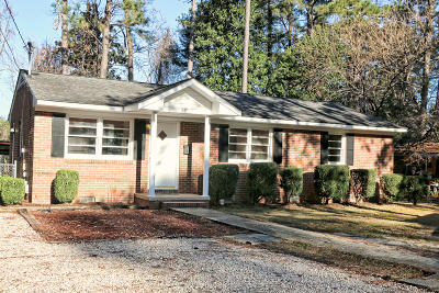 Southern Pines Single Family Home Active/Contingent: 680 Kensington Road
