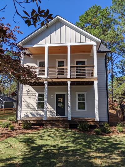 Southern Pines Single Family Home For Sale: 420 Sheldon Road