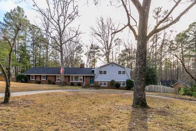Southern Pines Single Family Home For Sale: 125 Heather Lane