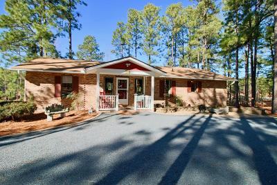 7 Lakes West Single Family Home Active/Contingent: 104 Otter Drive