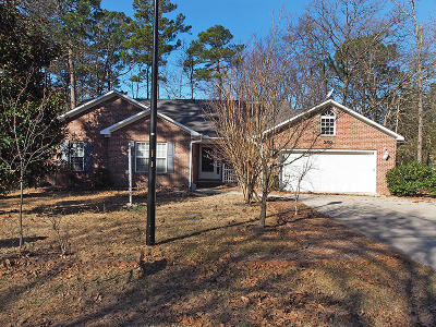 Southern Pines, Aberdeen, Whispering Pines, Foxfire, Pinehurst Single Family Home Active/Contingent: 260 Wheeling Drive