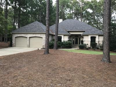 Southern Pines Single Family Home Active/Contingent: 25 E Augusta Lane