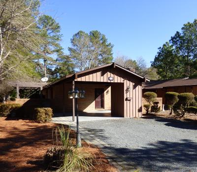 Southern Pines Condo/Townhouse For Sale: 213 Bentwood Lane