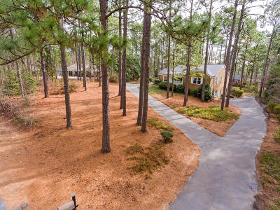 Southern Pines Single Family Home For Sale: 1107 N Fort Bragg Road