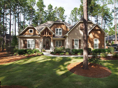 Southern Pines Single Family Home Active/Contingent: 3 E Magnolia Court