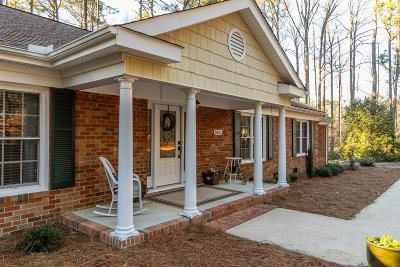 Southern Pines Single Family Home Active/Contingent: 1050 Inverness Road