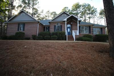 Southern Pines Single Family Home For Sale: 650 N Bethesda Road